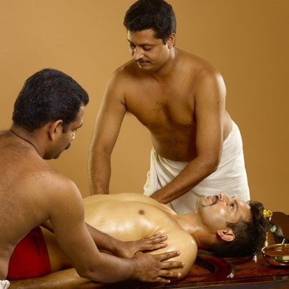 Devahabyangam massage à 4 mains